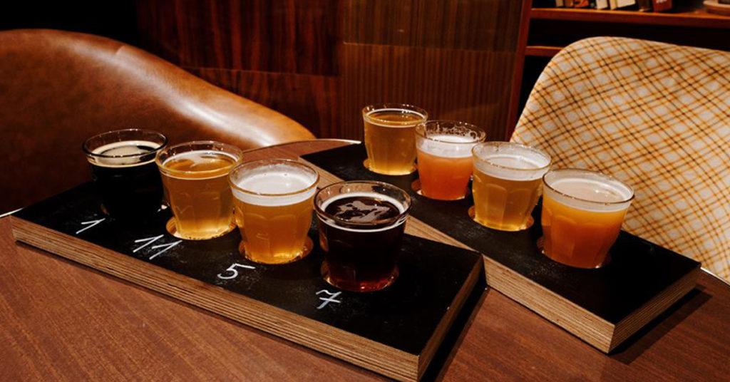 Craft Beer, piwo kraftowe, piwo rzemieślnicze, Warszawa, Warsaw. Deska piw.