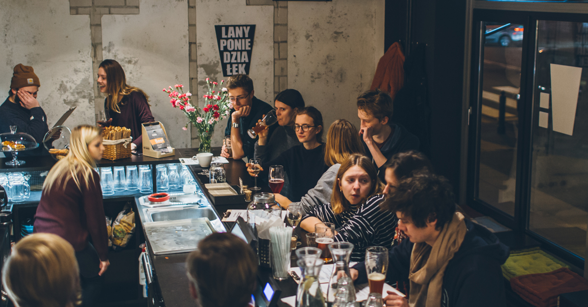 Lany poniedziałek w Kufle i Kapsle Craft Beer Pub Powiśle.